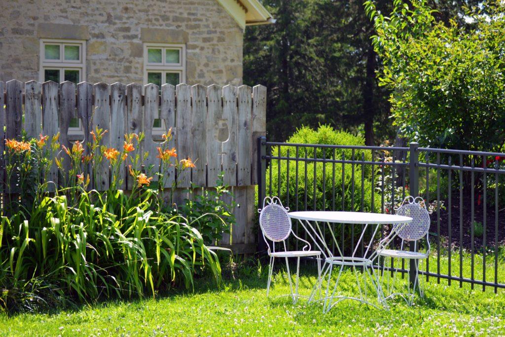 espace jardin d'un hôtel pour séminaire